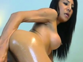 hot brunette big boobs with glasses toying squirting