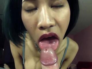 young ladyboy yuki blowjob and anal sex
