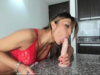 big cock asian tranny masturbation