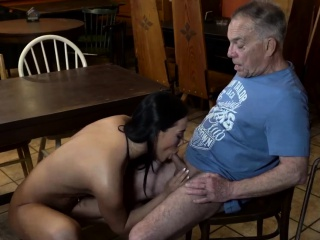 стар татко и млад момиче мога ти trust вашият girlplaymate leavi