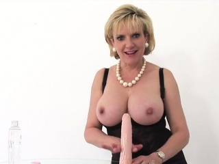 adulterous british mature lady sonia flaunts her gigantic ba