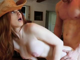 gingerpatch ђумбир у cowboy чизме добија cocked