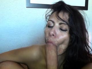 german brunette slut gives outdoor blowjob homemade