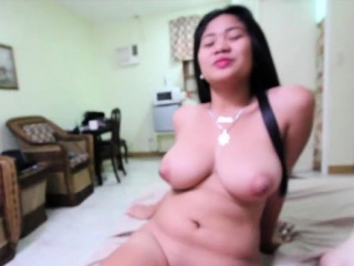 oriental hottie enjoys a cock ride and gets pussy creamed