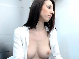 first time amateur brunette solo with dildo