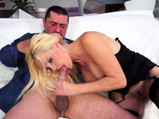 faketit euro gilf in stockings blowing dick