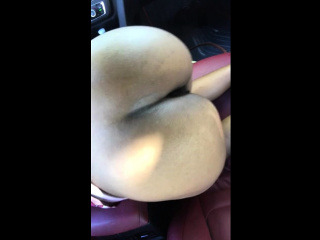 busty ebony amateur giving a blowjob