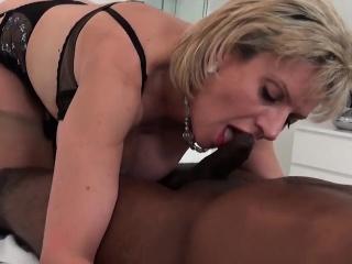 unfaithful british mature lady sonia exposes her oversized b