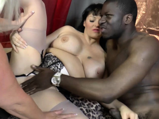 laceystarr naughty mature babes double team a bbc