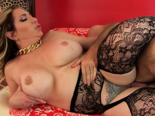 mature savannah jane rides a thick dick