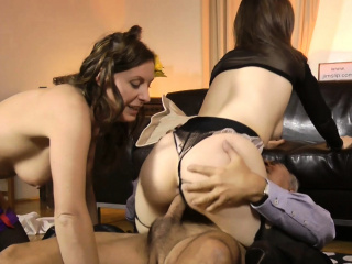 english milf sharing dick in european ffm