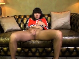 seductive japanese babe gets her mounds licked and fucks