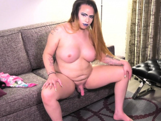 masturbating solo chubby trans gets filmed