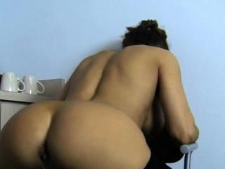 female muscle porn star pussy in your face