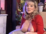 Vintage Busty Amateur Girl Shows Her Awesome Boobs