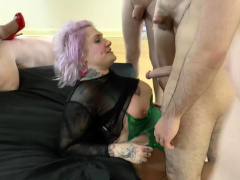Grandmother Lacey Starr take british orgy