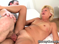Gran gets cunt licked and pounded