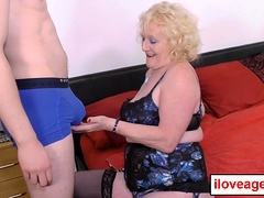 Superannuated lady Claire's twat banged nicely
