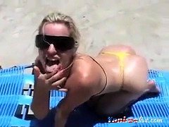 MILF take a facial on the beach