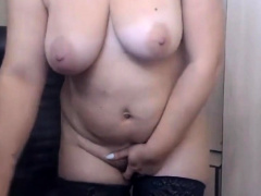 Curvy Russian Woman Categorizing Her Pussy on high Webcam