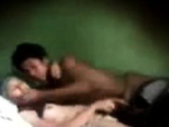 indonesia- cewek jilbab tudung mesum di kamar