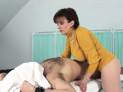 Adulterous british mature gill ellis presents her zooid bo