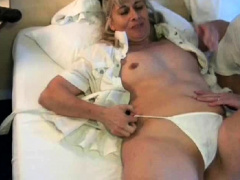 amateur slu wife fist and squirt