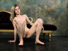 Super hot naked gymnastics with Klara Lookova