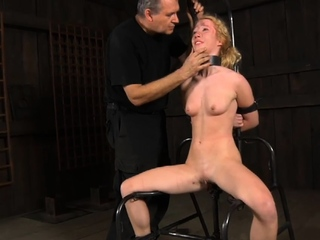 Luscious blonde maiden with fingers and no shame at all